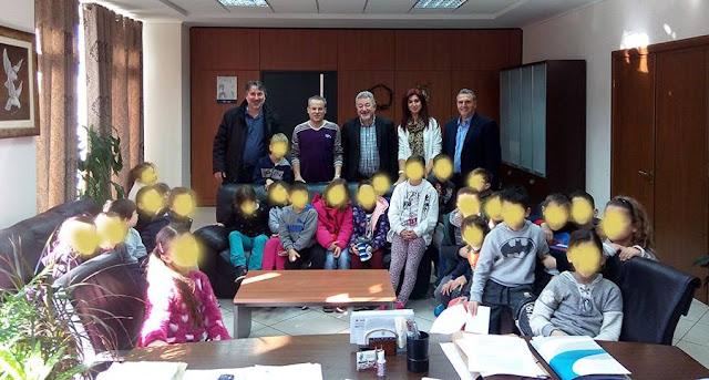 Επίσκεψη στο Δημαρχείο, πραγματοποίησαν μαθητές της Β1' Τάξης του 1ου Δημοτικού Σχολείου Ηγουμενίτσας