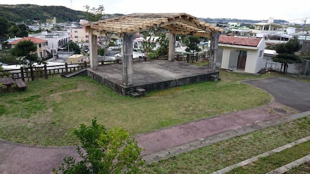 稲嶺農村公園の特設ステージの写真