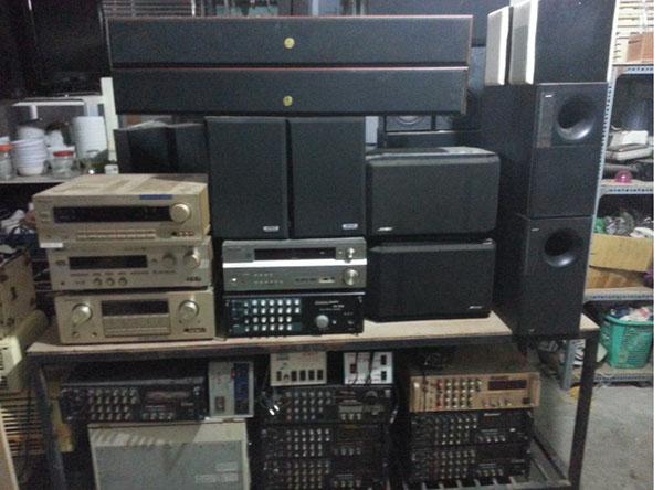 Phục vụ nhu cầu của gia đình bằng việc mua thanh lý tivi cũ