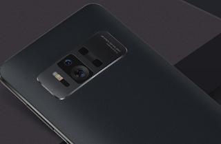 ZenFone AR design yang premium