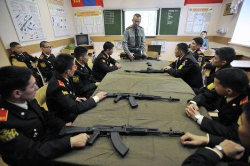 Senapan populer Kalashnikov