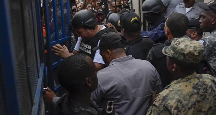 Dictan año de coerción para tres de los imputados por el asesinato de Yuniol