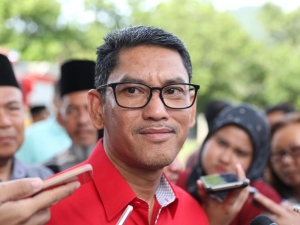 Image result for Perak MB Ahmad Faizal government is still tittering in a balance