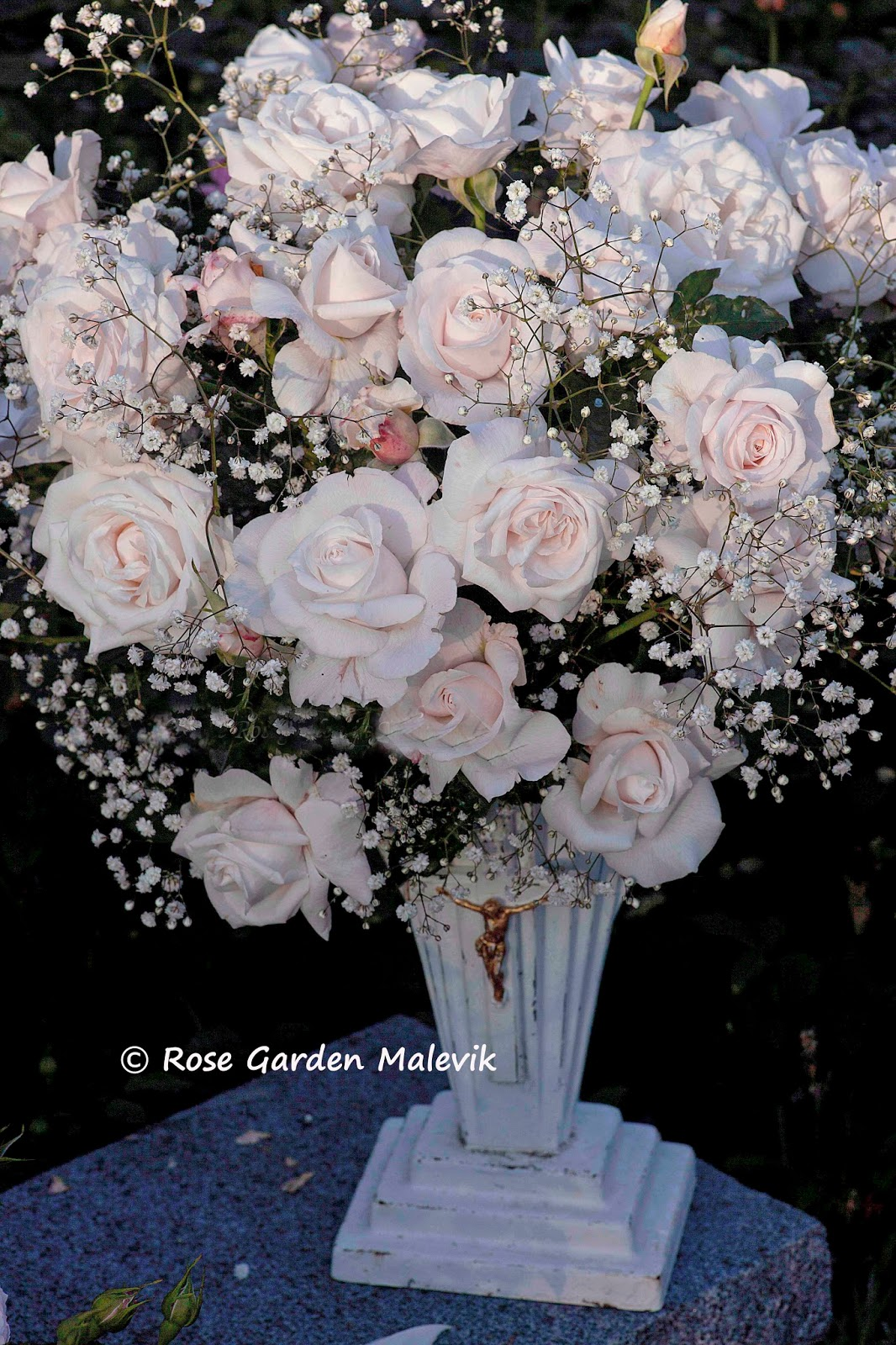Rose garden malevik: saturday show off ~ bloggparty