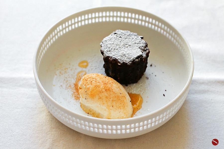 Death by Chocolate-Cake  Muskatnuss-Eis Schwarze Nuss 2018   Arthurs Tochter – Der Blog für Food, Wine, Travel & Love