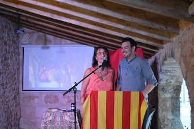 Donant la benvinguda a la sisena edició de la Festa Estellés