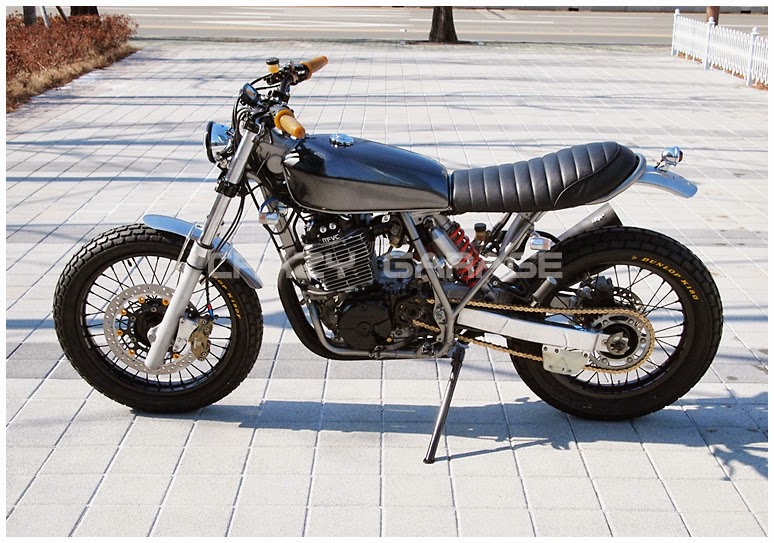 Racing Caf U00e8  Honda Xr 600r By Crazy Garage
