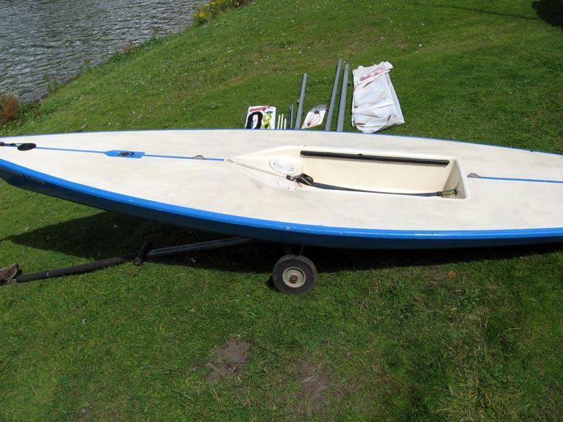 laser sailboat hull - photo #7