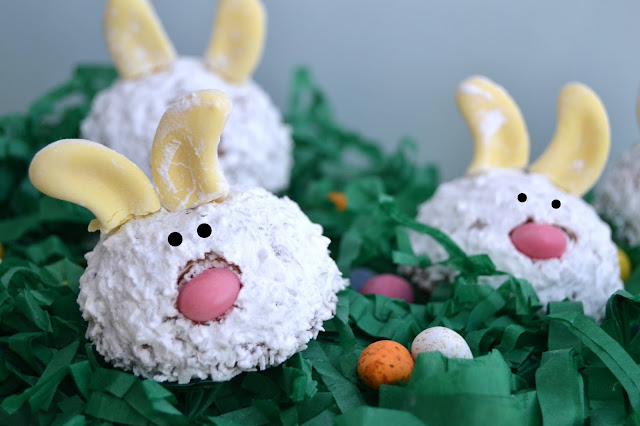 snowball mallows made to look like easter bunnies