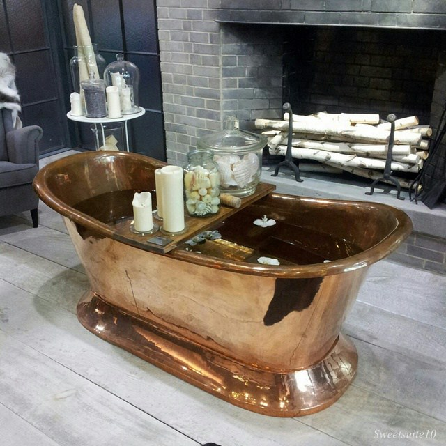 Copper bathtub in Ikea booth at IDS13