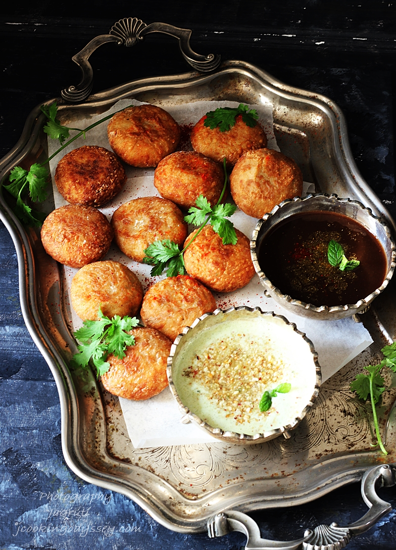 Buff Vada (Gujarati Farali Patties)