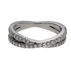 Micro Pave Wedding Bands: Why Could This Be The Right Choice?