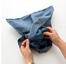 Membuat Sarung Bantal dari Bahan Jeans Bekas