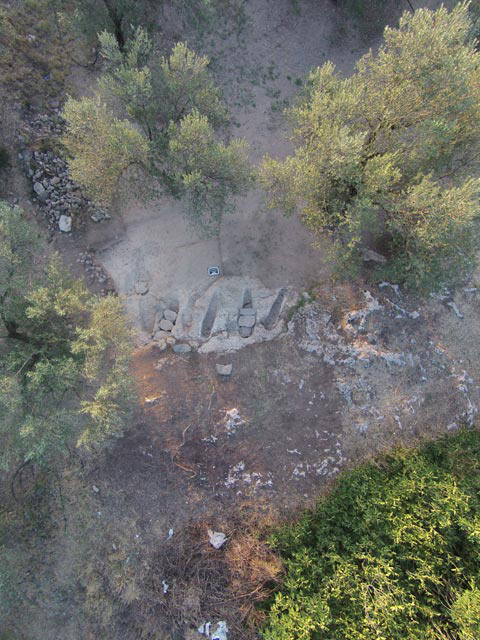 Ανασκαφή της Εφορείας Αρχαιοτήτων Κορινθίας στο μυκηναϊκό νεκροταφείο των Αηδονίων