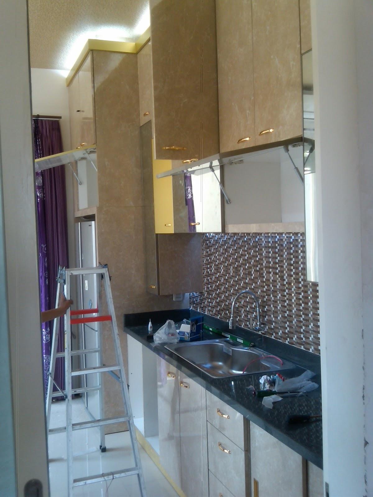 Jasa jual 3 tips mendesain dapur minimalis modern surabaya for Buat kitchen set sendiri