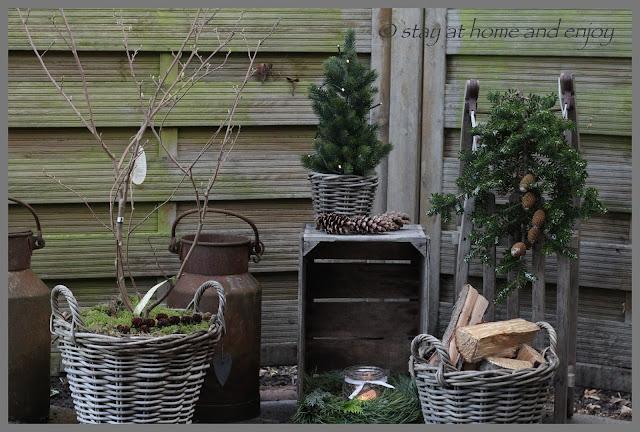 Im Novembergarten - stay at home and enjoy