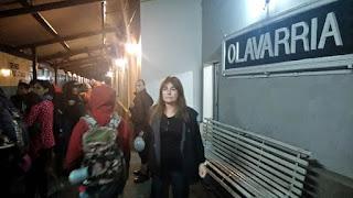 """A más de 24 horas del desastre, gran parte de los asistentes al show del """"Indio"""" Solari se alejaron de la zona en el único tren semanal que va hacia Buenos Aires. Sin embargo, aún hay una extensa lista de hombres y mujeres perdidos"""