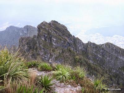 Pico Sur visto desde el Pico Norte del Cerro de la Silla