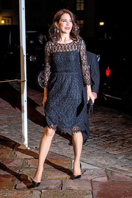 After the concert there will be dinner in the Dome Hall at Fredensborg Palace. Crown Princess Mary of Denmark and Princess Marie attended the concert and dinner at Fredensborg Palace.