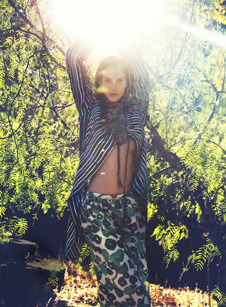 Carla Ciffoni Layers In Fall Knitwear For Elle Uk By: Bohemian Rhapsody: Carla Ciffoni By David Bellemere For Us