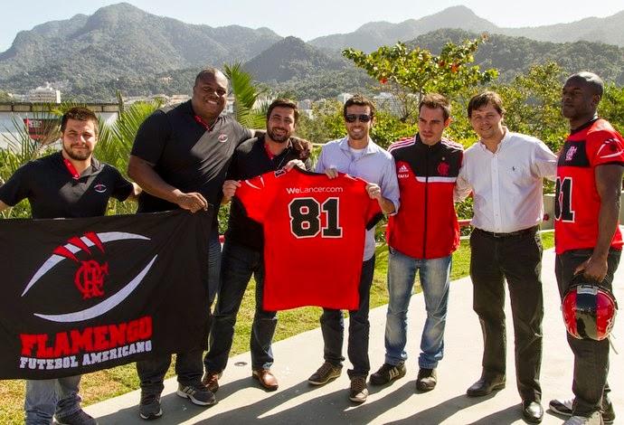 Flamengo FA anuncia novo patrocinador e apresenta reforço