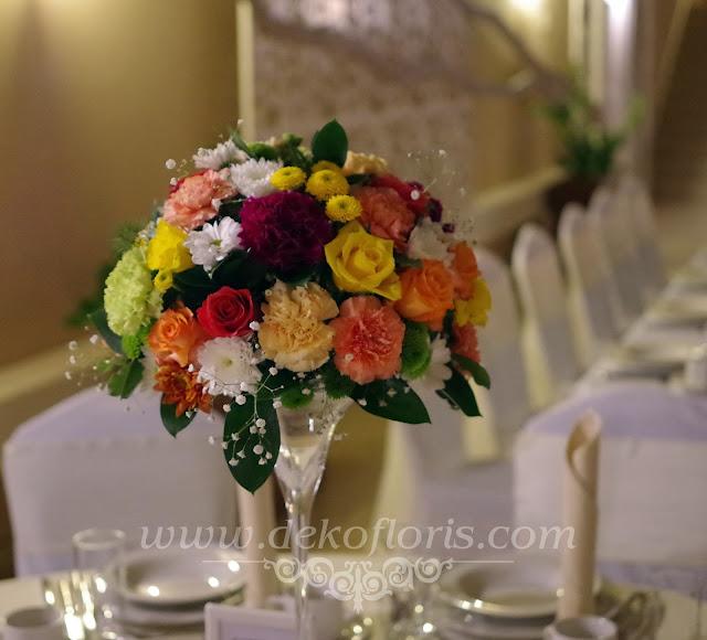 Dekoracje weselne w kolorze różowym, pomarańczowym, żółtym i zielonym Zajazd U Dziadka Opole