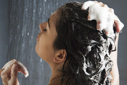 6 Mistakes You Must Avoid When Washing Your Hair