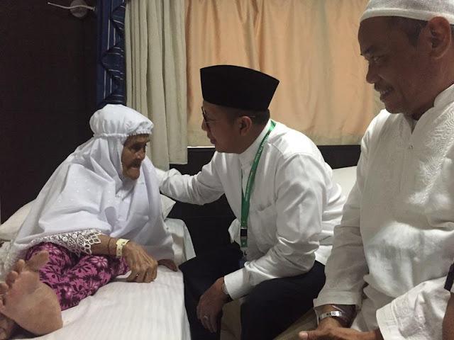 Jemaah haji tertua musim 2016, Siti binti Mian asal Jakarta. Usianya 101 tahun