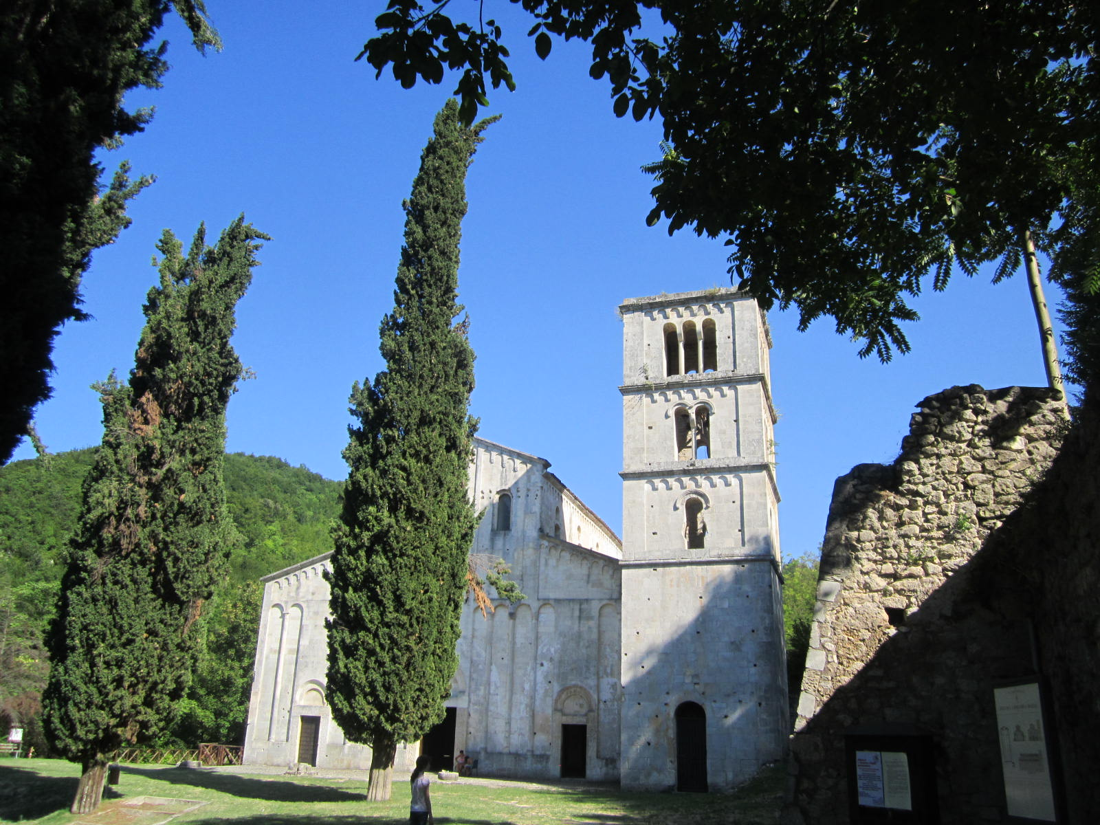 Enchanting Italy: Hermitages and Churches in Abruzzo