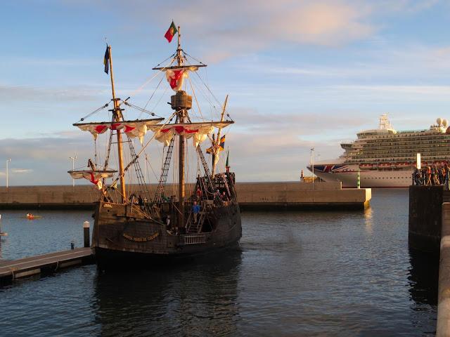 nau Santa Maria in new marina