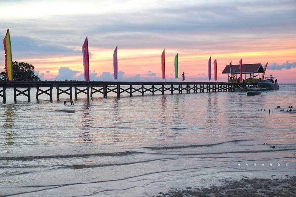 Sikullis Beach is one of the must-visit tourist attractions in the Municipality of Tawi-Tawi.