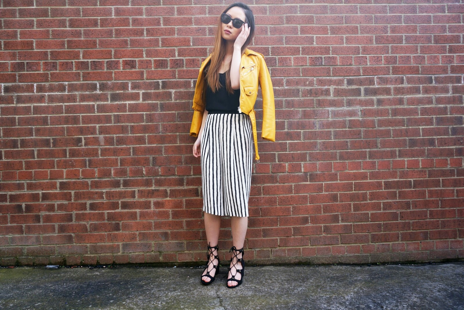 Leather jacket yellow stripe - 11 3 16
