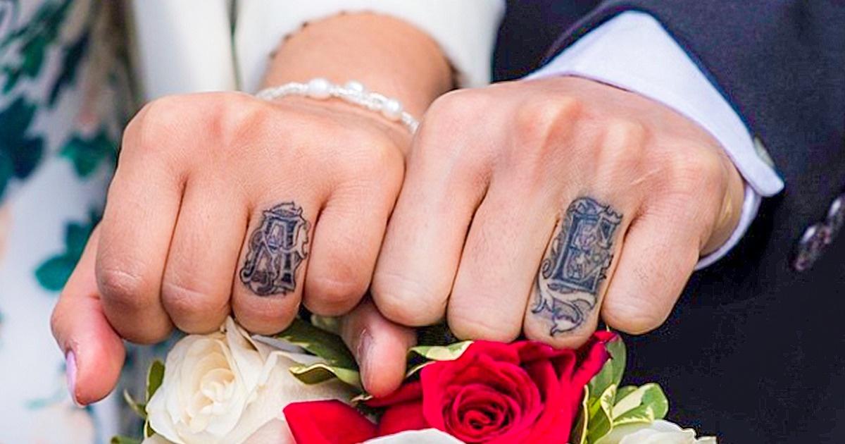 18 Parejas Que Cambiaron Sus Anillos De Compromiso Por Tatuajes