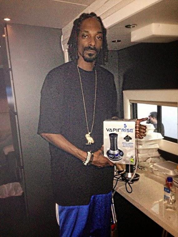 Snoop dogg aime la vaporisation et le bitcoin