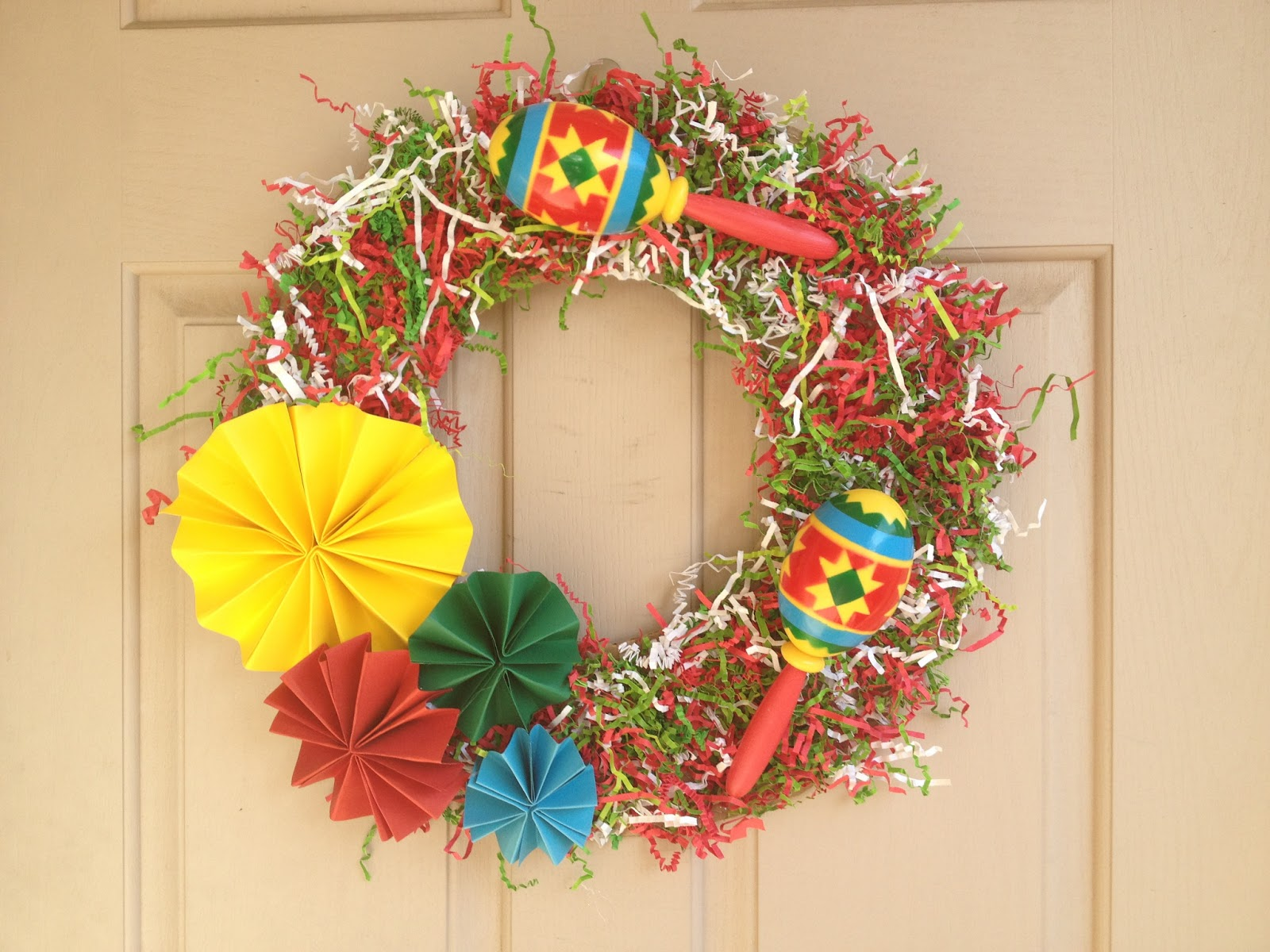 The Busy Broad: Cinco De Mayo Wreath