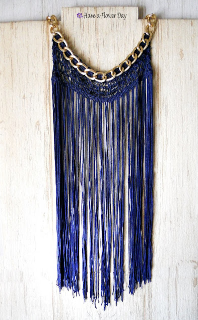 Collares boho con flecos · Boho fringe necklaces