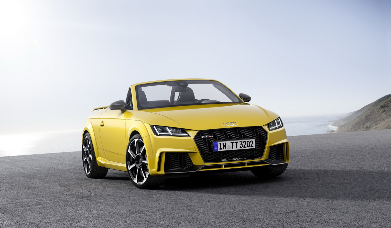 2017 audi tt rs roadster amp coupe bring fivecylinders with