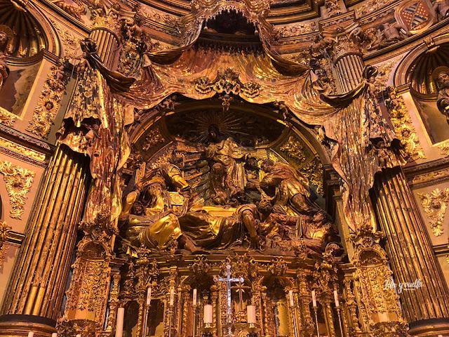 Altar mayor y Transfiguración