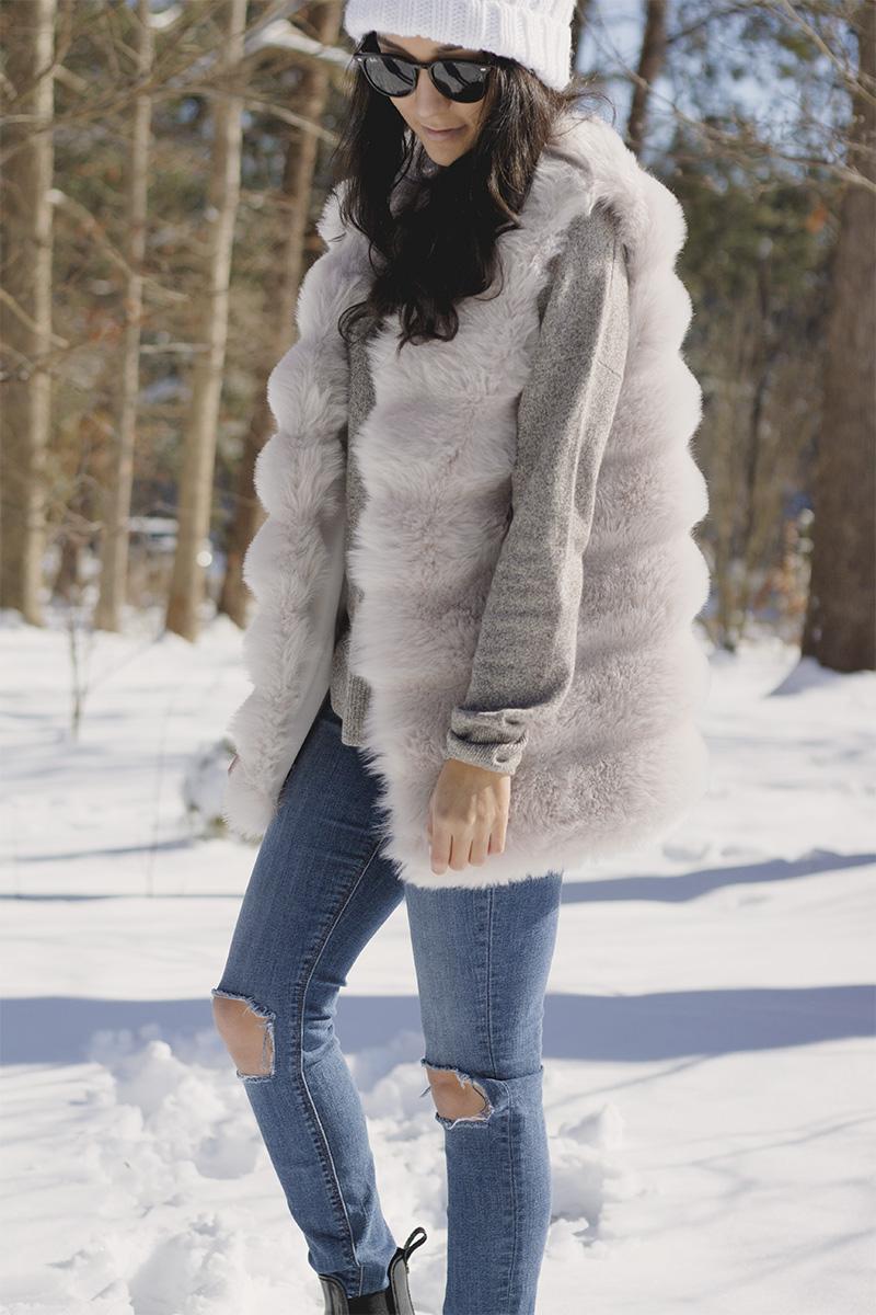 shein faux fur vest - hudson nico skinny jeans - sam edelman tinsley rain boots