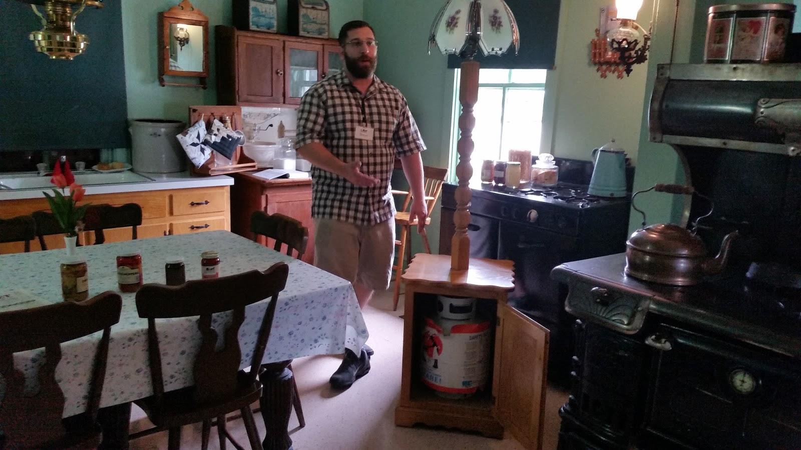 Bon Amish Kitchen