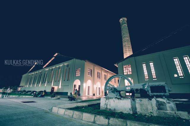 foto pabrik de colomadu solo