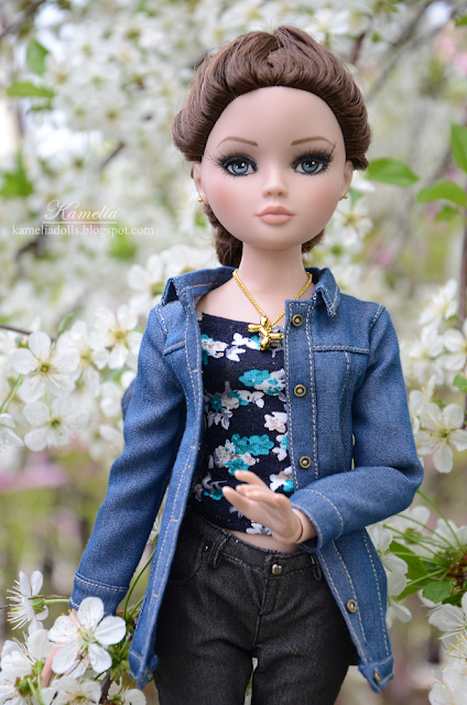 Jeans jacket for doll