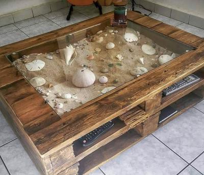 Pallet Wood Display Coffee Table