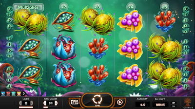 play fruitoids slot game