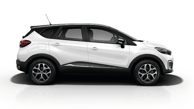 Renault Capture Crossover side View image