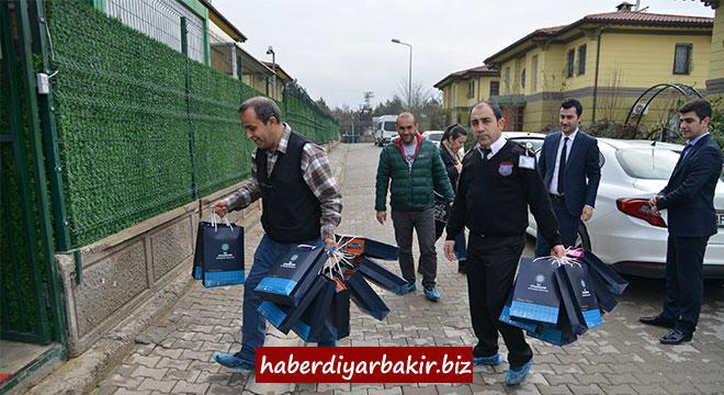 Diyarbakır Sur Çocuk Evlerine Diyar Masadan ziyaret