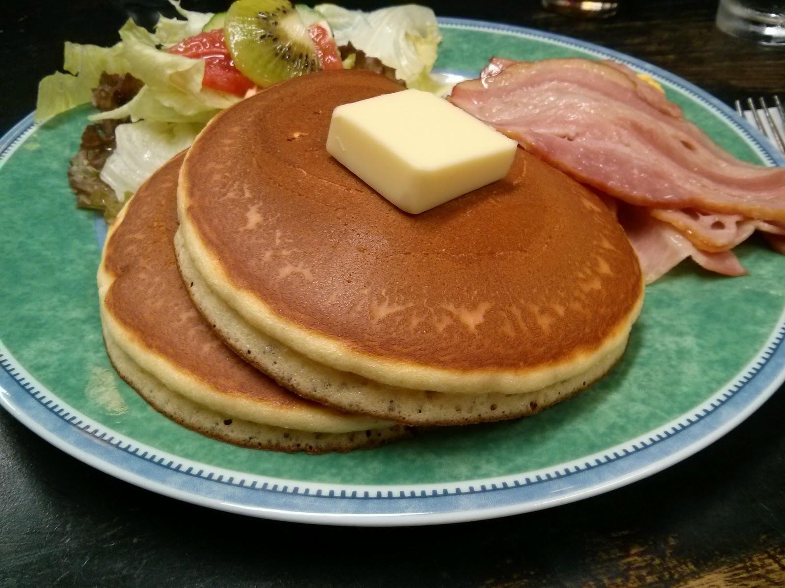 Bon Appétit! No Cake No Life: 日本橋「花時計」でホットケーキランチ
