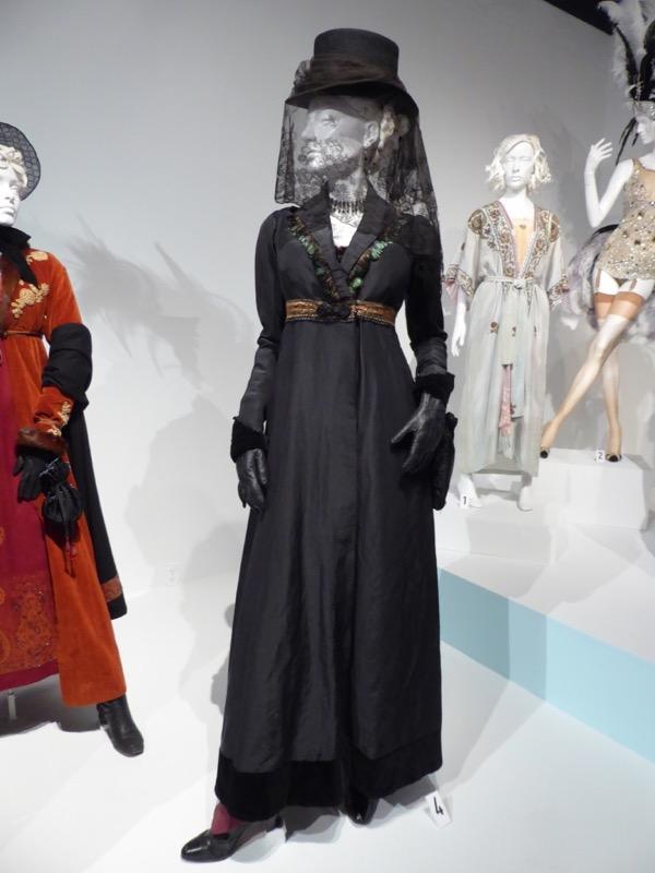 Zilpha Geary Taboo season 1 costume