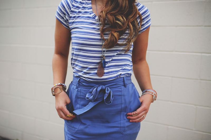 blogger from utah, spring outfit, blue skirt