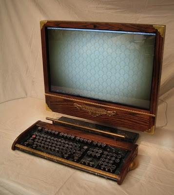 computadora Mac modificada con apariencia retro